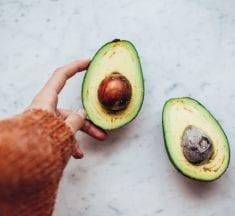 6 Amazing Benefits of Avocado
